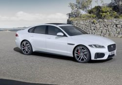 Jaguar XF 2.0 i4Turbo Luxury