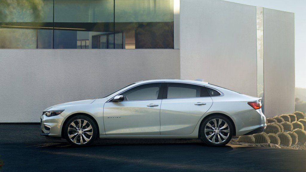 2017 Chevrolet Malibu LT Price in UAE, Specs & Review in ...