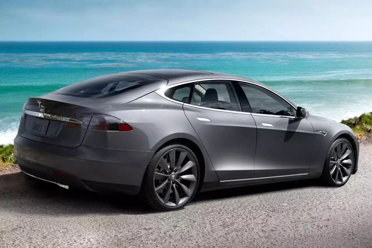 Tesla Model S 75d >> 2018 Tesla Model S 75d Price In Uae Specs Review In Dubai Abu