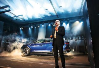 Lamborghini Dubai Brings the Urus to the UAE