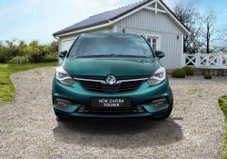 Opel Zafira 1.4L Innovation Images