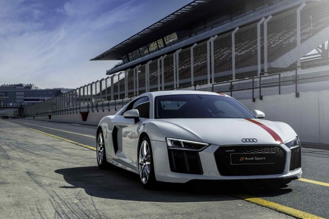 """We'll Stick To The V10"", Says Audi About The R8"