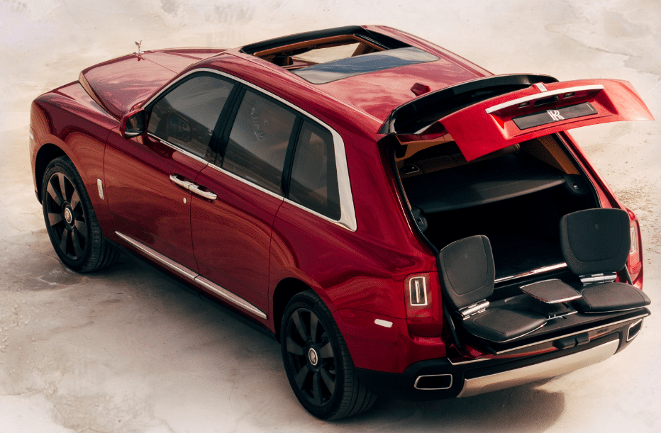 2019 Rolls Royce Cullinan V12 Price in UAE, Specs & Review ...