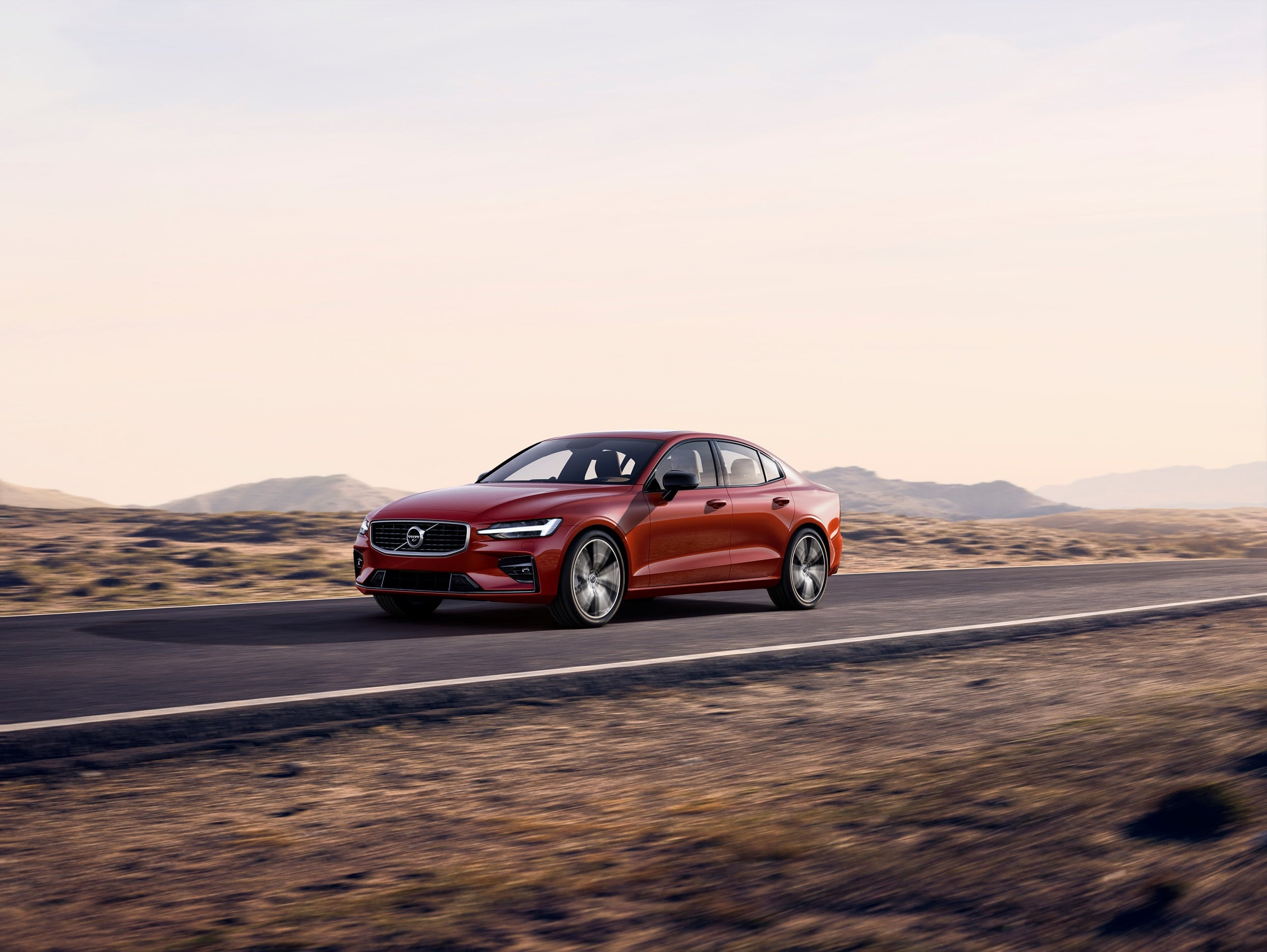 Volvo Launches Its New Premium Sports Sedan – The S60