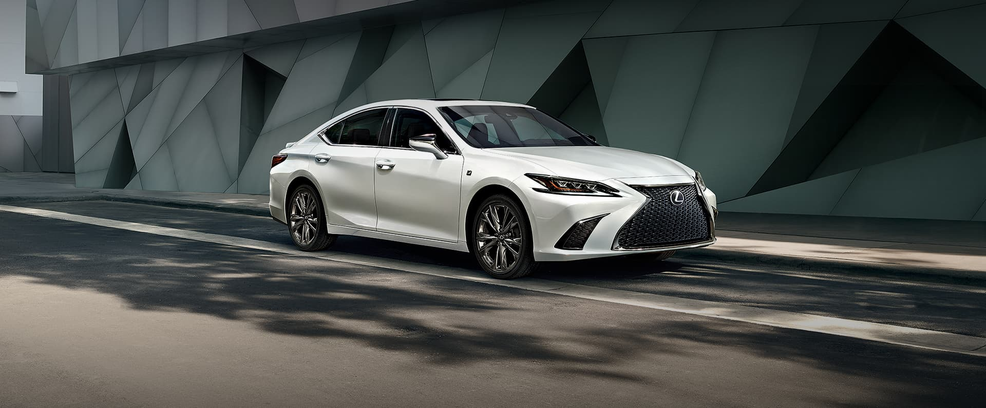 2019 Lexus Es 300h Premier Price In Uae Specs Review In
