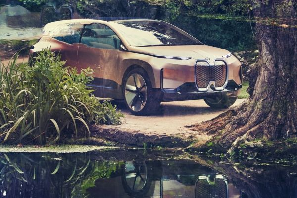 BMW Unveils The Much-Hyped Vision iNext