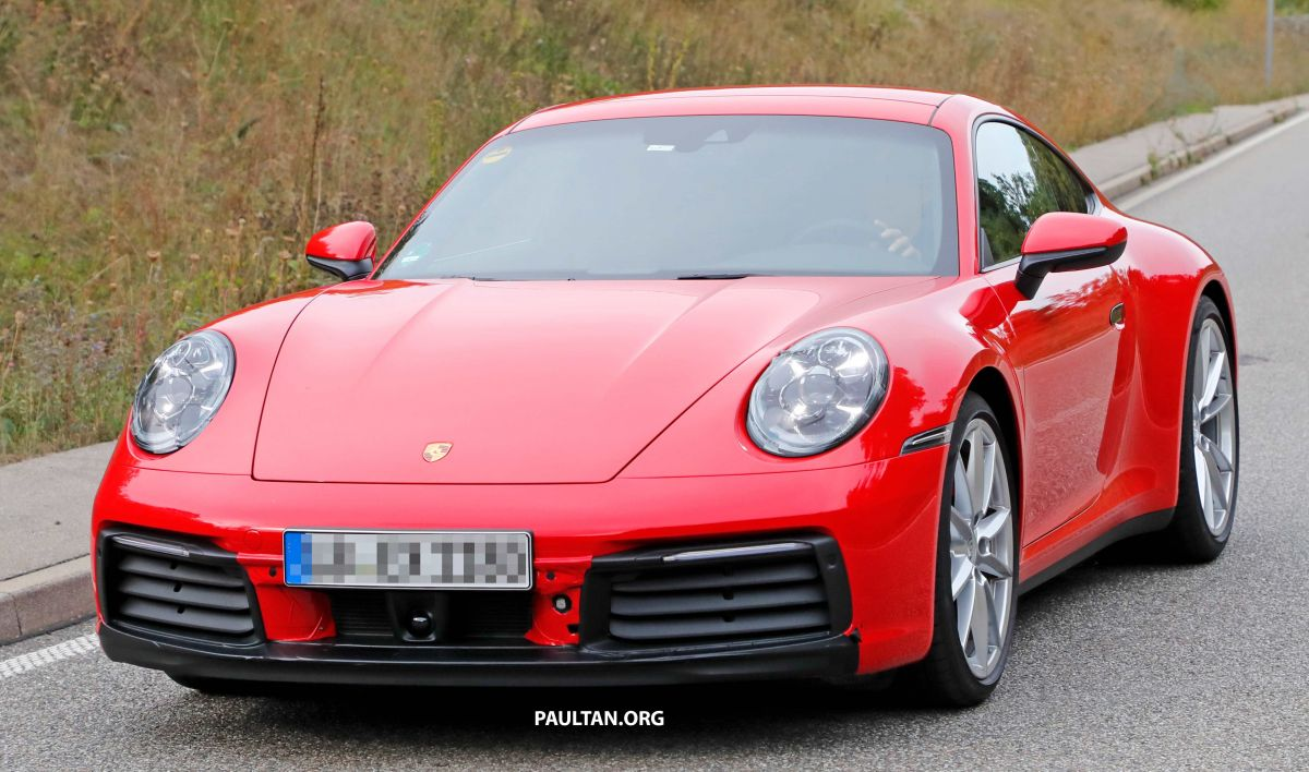 992 Generation Porsche 911 Spied Without Camouflage