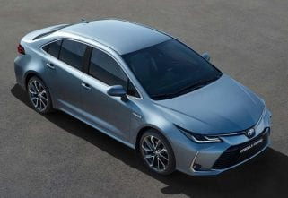 Toyota Corolla Saloon Breaks Cover In China