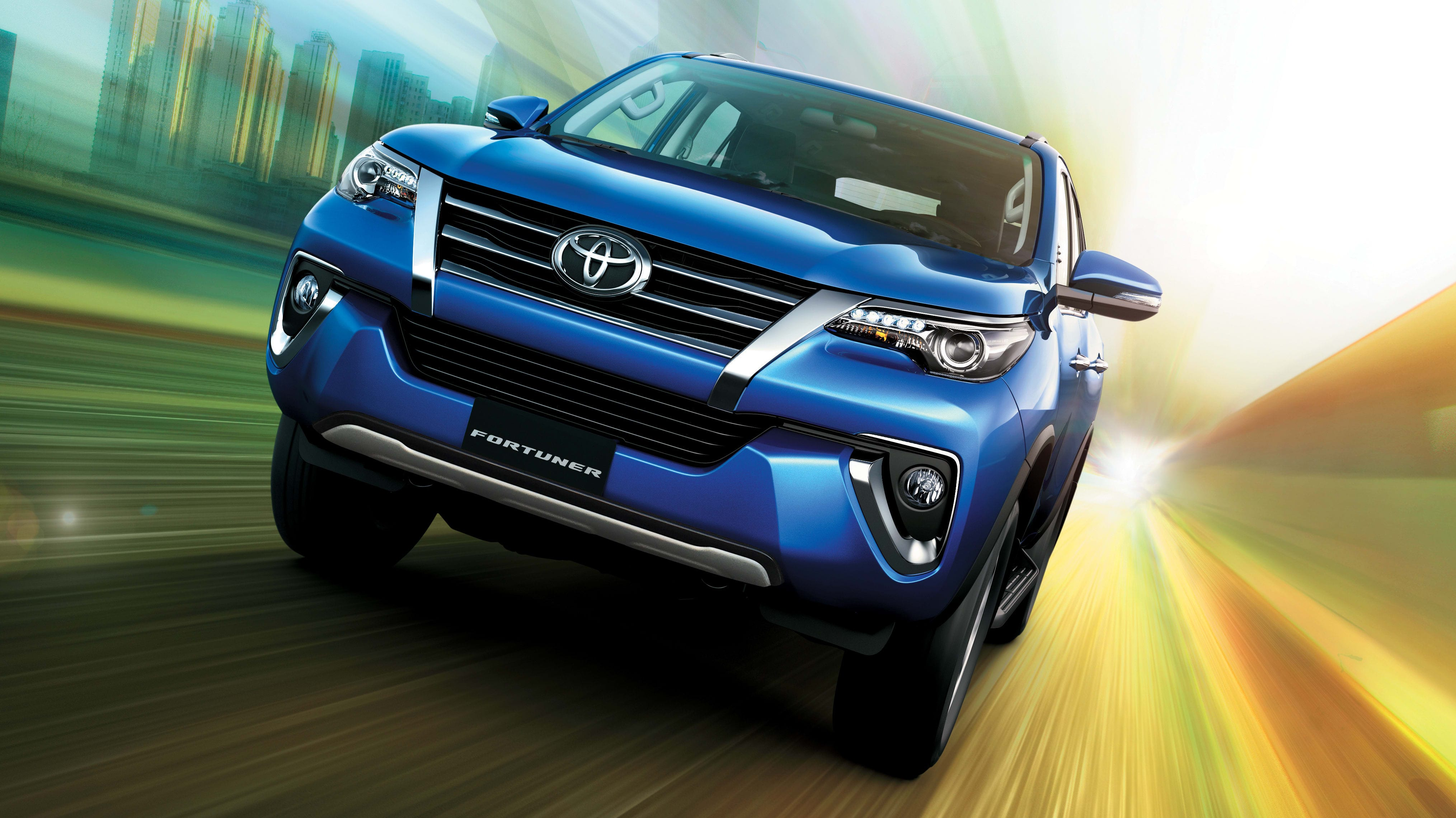 2019 Toyota Fortuner VXR Price in UAE, Specs & Review in ...
