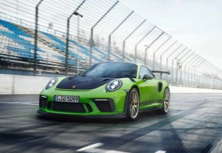 NEW PORSCHE 911 GT3 RS TO CONTINUE WITH NATURALLY ASPIRATED ENGINE
